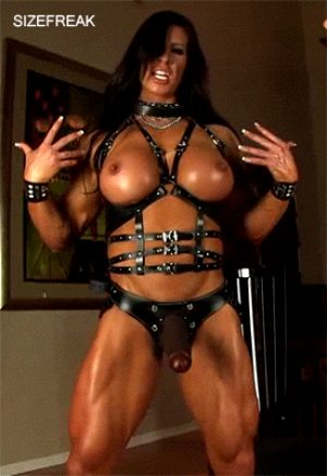 One scary strapon domme