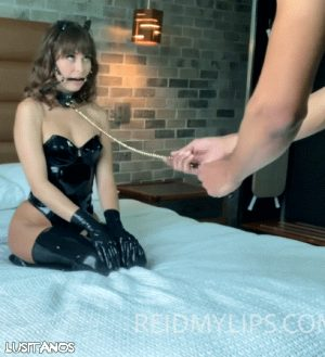 Pet play is so hot!