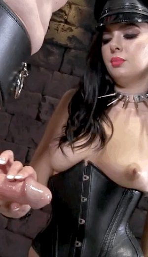 Slaves early cumshot disappoints Master